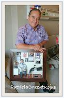 Ginecólogo con su cuadro personalizado