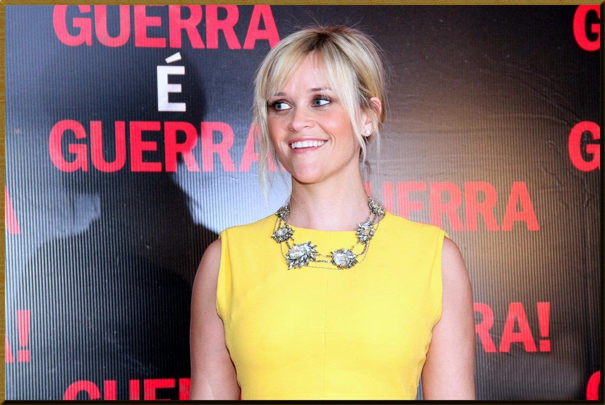 http://4.bp.blogspot.com/-s7IxcwlrEDk/T1oSCNKWmWI/AAAAAAAALQM/KVmO2_-m18k/s1600/reese-witherspoon-rio-this-means-war-03.jpg