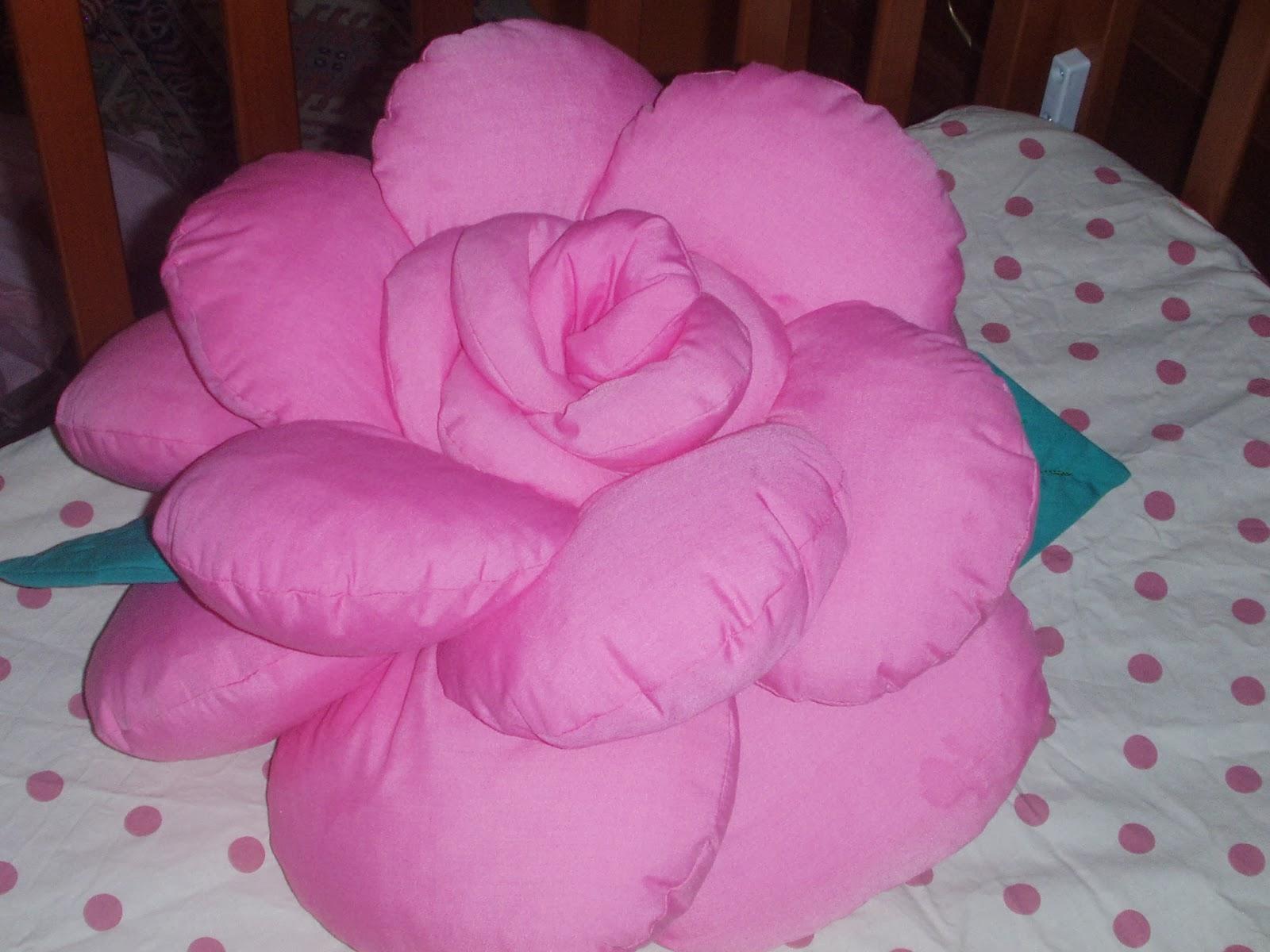 Подушка цветок своими рукам 845