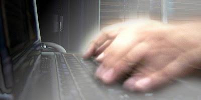 Awas! Pemerintah Obok-obok Email Anda