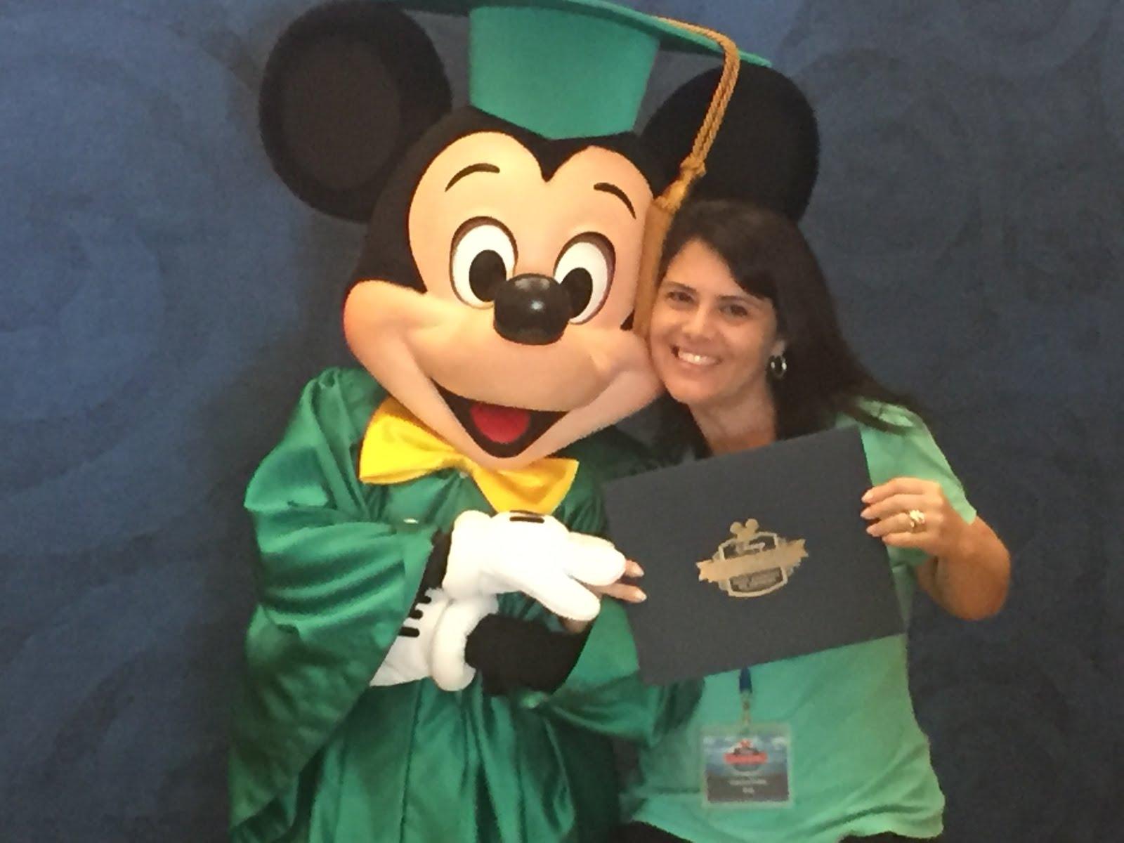 Consultora especialista Disney