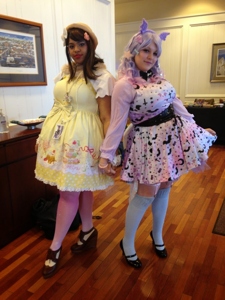 Fashion Fraction: Convention Fashion [Shumatsucon]