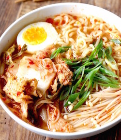 kimchi ramen recipe by seasonwithspice.com