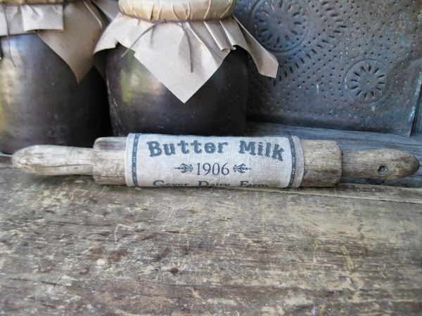 Early Little Rolling Pin w Buttermilk Sleeve