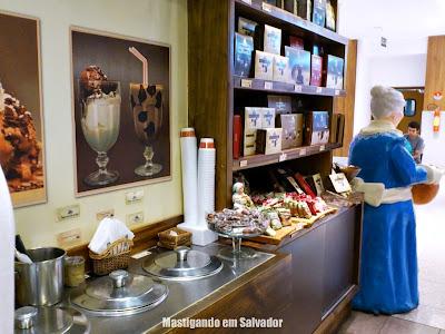 Abuela Goye: Recipientes com os Sorvetes da loja do Salvador Shopping