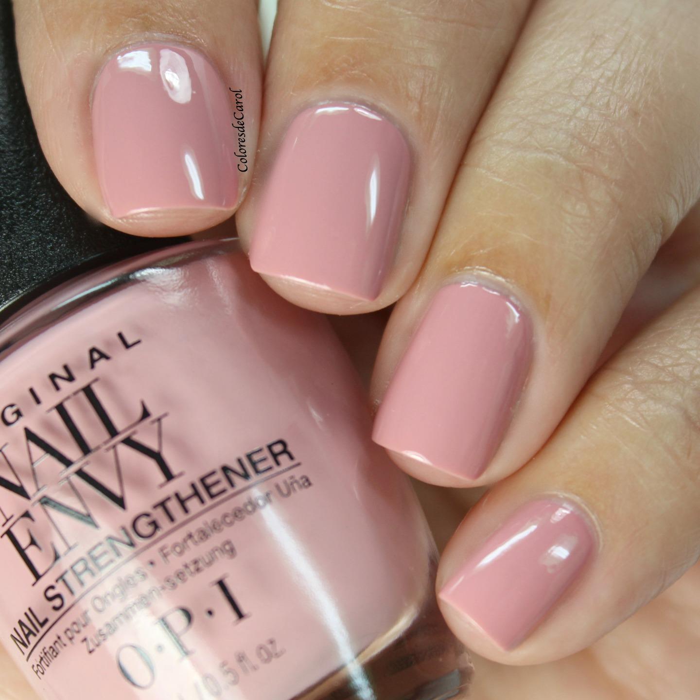 OPI Nail Envy, Strength + Color   Colores de Carol   Bloglovin\'