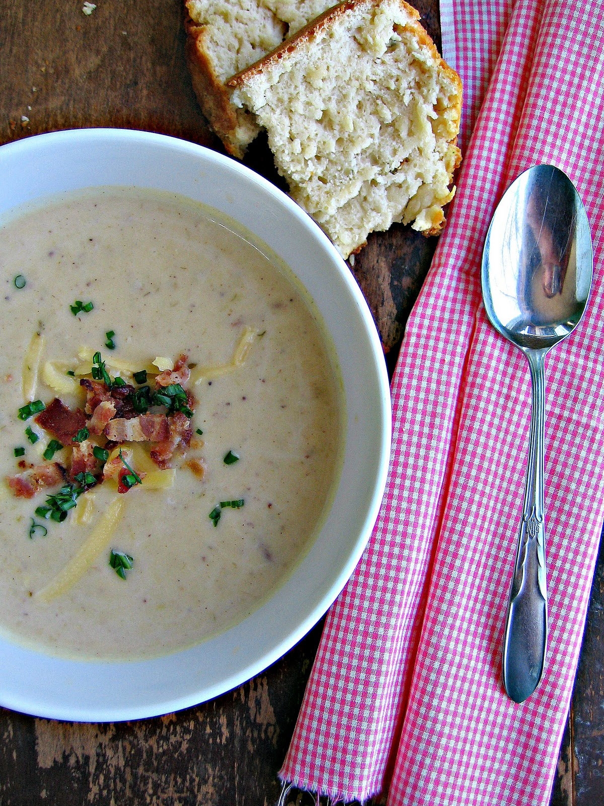 sweetsugarbean: Bacon, Potato & Leek Soup with Rosemary Beer Bread