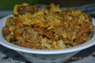 Gobi Gosht (Cauliflower with mutton), Band gobi, Cauliflower, Gobi, Potatoes, sabzi, Vegetable, Vegetables,