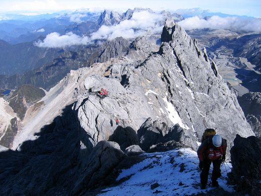 Pendakian puncak jayawijaya