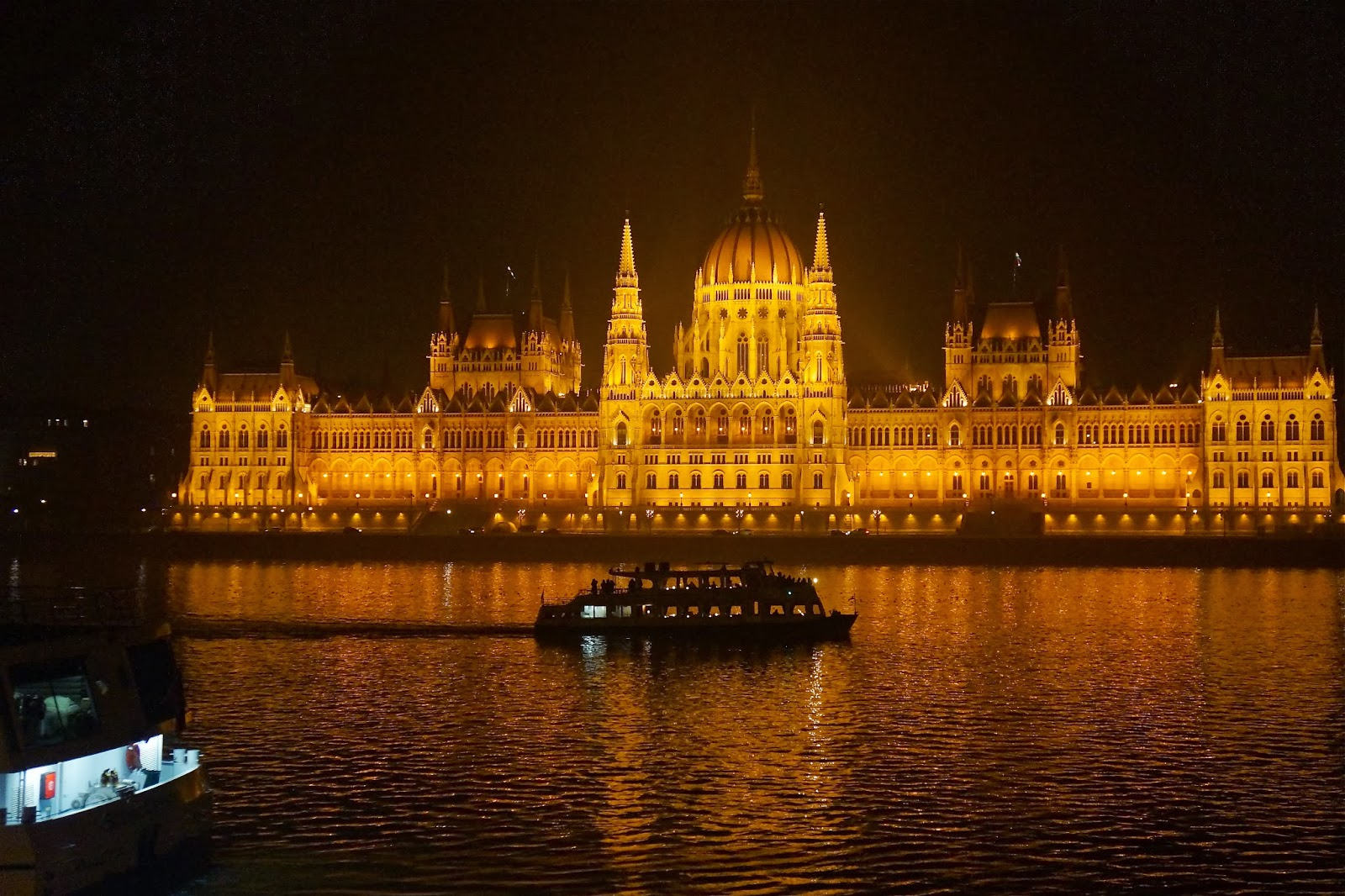 Budapest Parliament picture