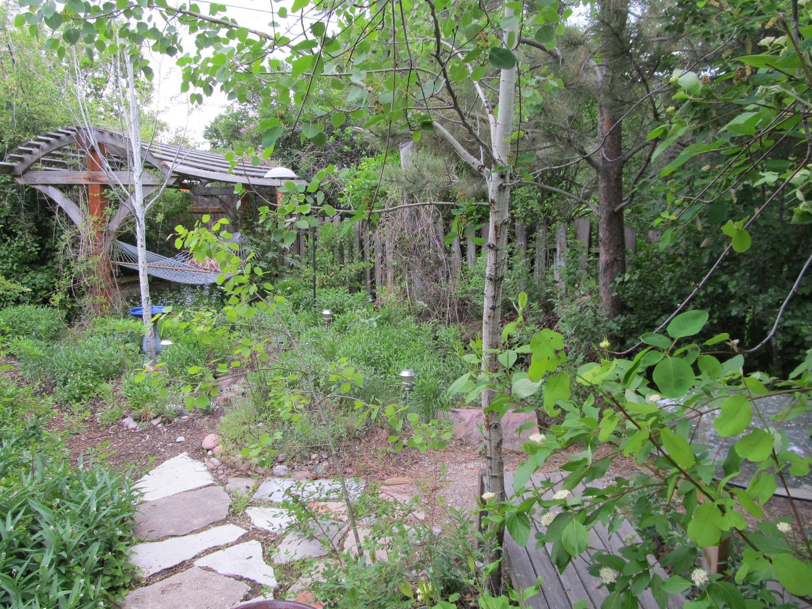 Cedar Garden Rooms Wakefield