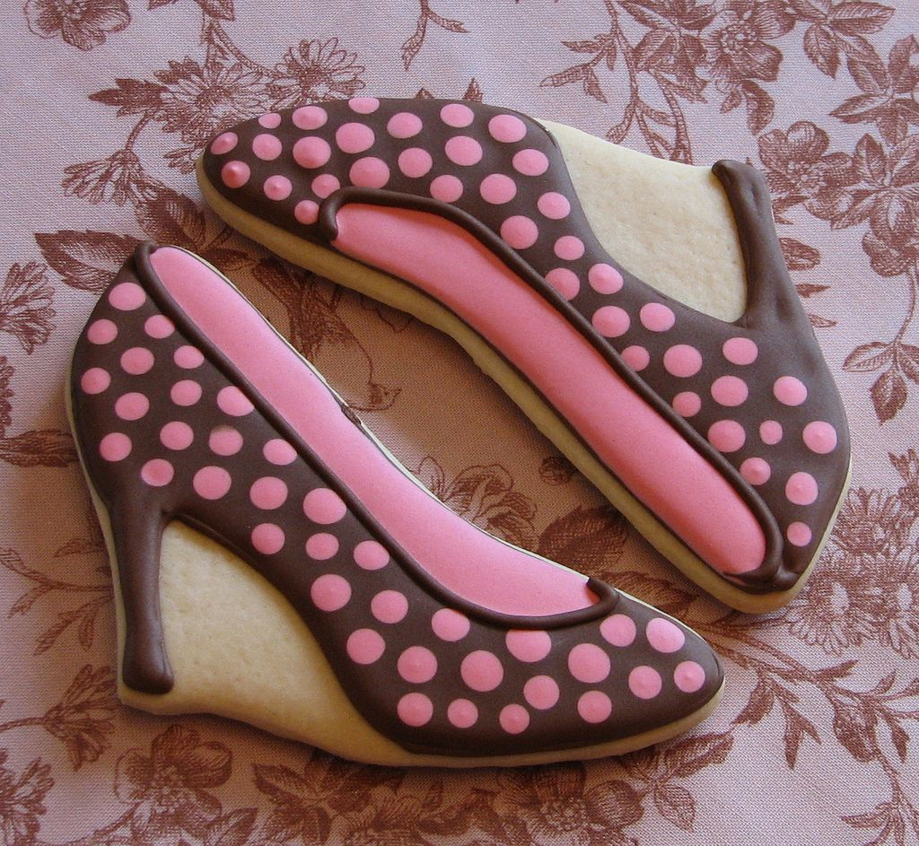 6. Polkadot Stiletto Shoe Cookies by Zoe Lukas