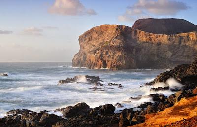 Playa Ponta dos Capelinhos, Faial,