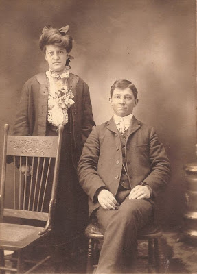 Unidentified couple in photo collection of Violetta Davis Ryan