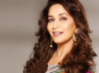Foto Artis India on Madhuri Dixit   Foto Artis Cantik India   Blue Sky