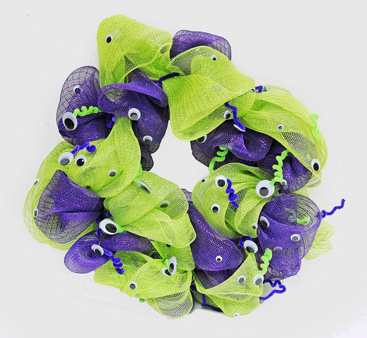 Ben franklin crafts and frame shop googly eyes geo mesh wreath