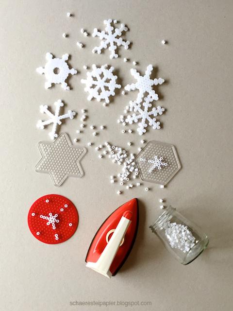 schaeresteipapier schneeflocken gezeichnet gesteckt und geschmolzen. Black Bedroom Furniture Sets. Home Design Ideas