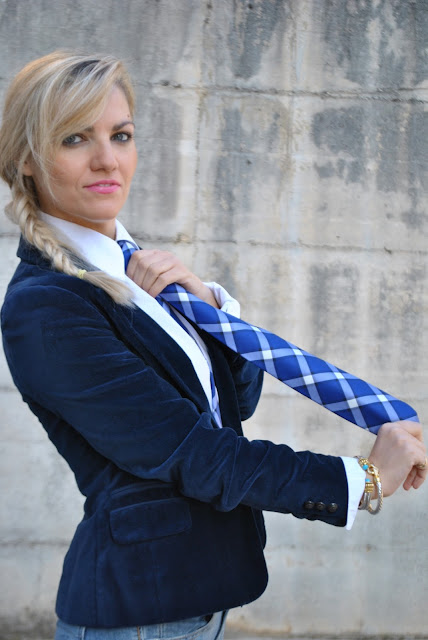 outfit cravatta donne che portano la cravatta cravatta 7 pieghe cravatte fattori come indossare una cravatta da donna come abbinare una cravatta donna cravatta di seta silk tie fattori silk ties mariafelicia magno fashion blogger colorblock by felym fashion blog italiani fashion blogger italiane fashion blogger bergamo fashion blogger milano blogger di moda fall outfit street style look book outfit novembre 2015 outfit autunnali november outfit how to wear ties how to combine a woman tie women with ties