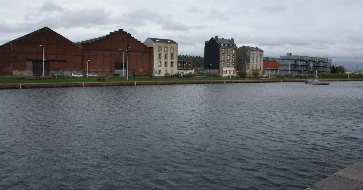 vis le architecture urbanisme paysage patrimoine vis le voyage la cite a 39 dock des. Black Bedroom Furniture Sets. Home Design Ideas