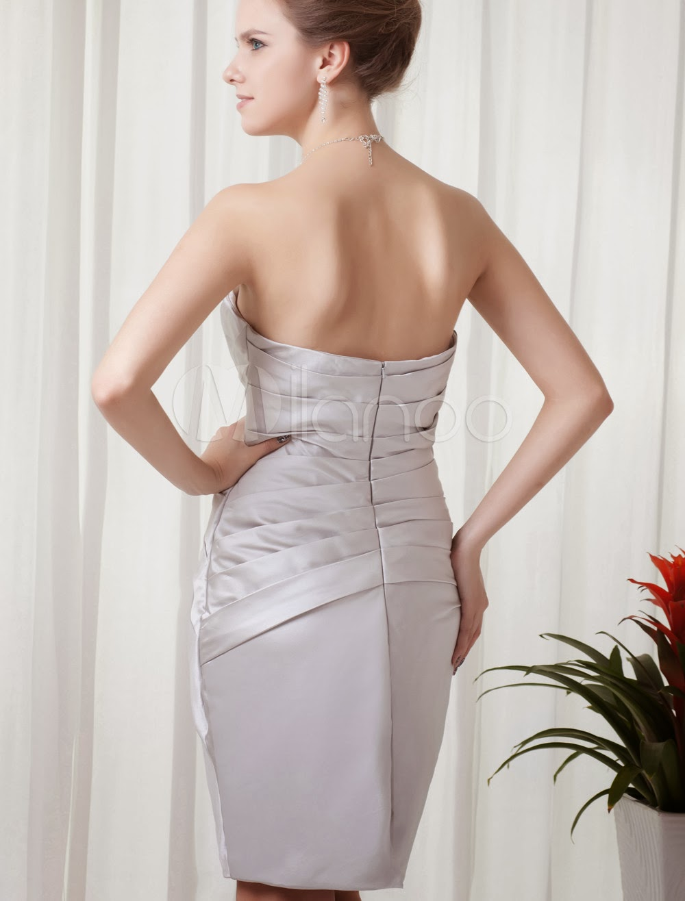 Sheath Silver Satin Applique Short Fashion Cocktail Dress