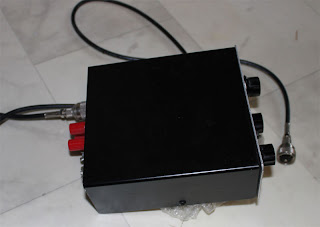 Sidovy på antennavstämaren (MFJ-901B)