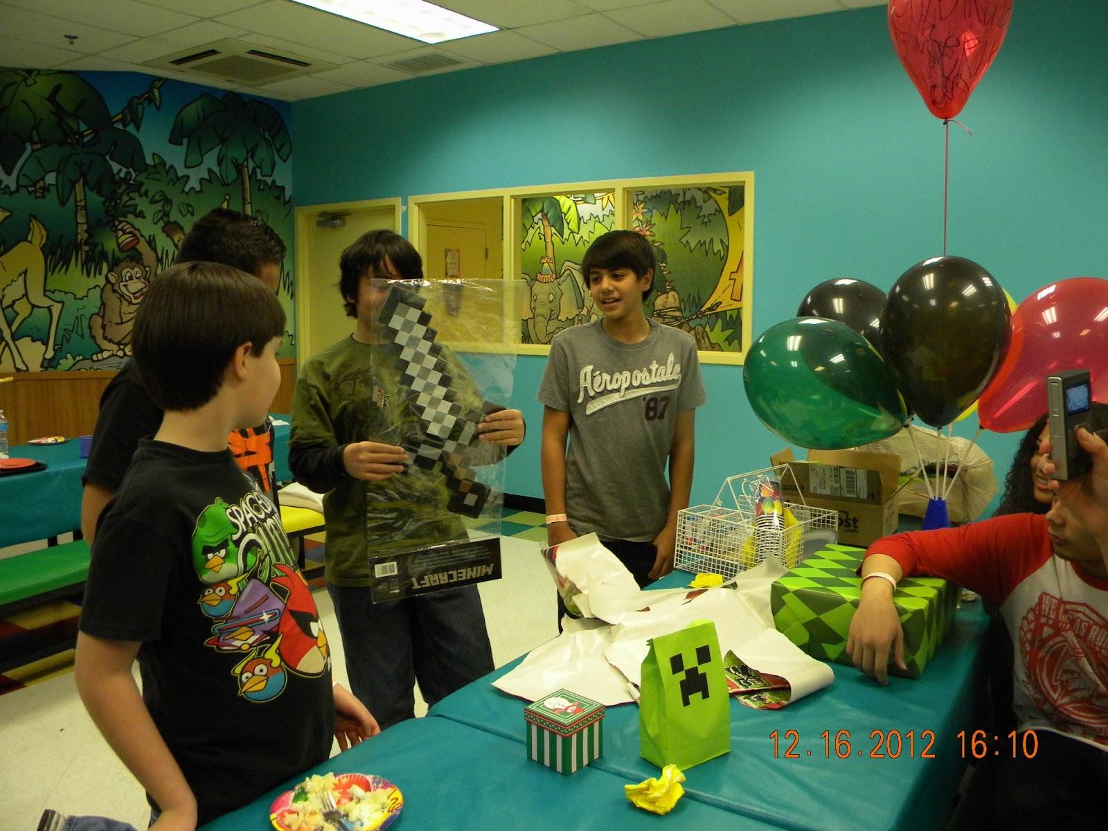 Scrappy Sugar Girl Minecraft Birthday Party Pt 2