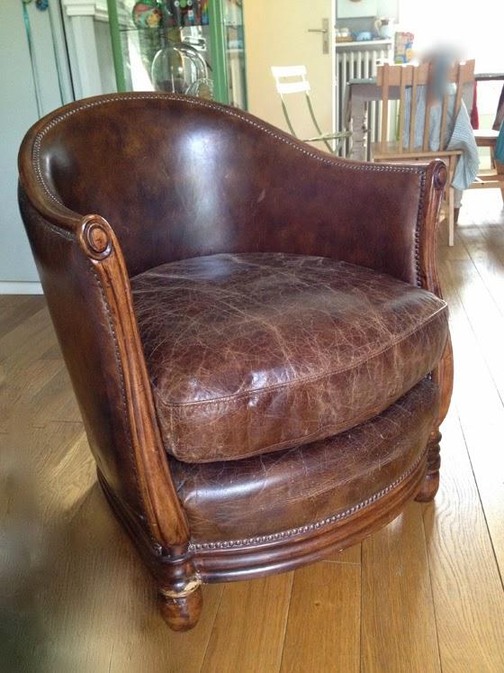 l 39 atelier de la marquise fauteuil club tonneau. Black Bedroom Furniture Sets. Home Design Ideas