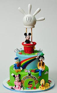 """Tort """" Mickey & friends"""" pentru Vladimir"""