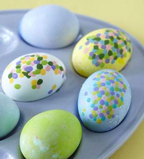 Como hacer bonitos huevos de pascua for Como pintar huevos de pascua
