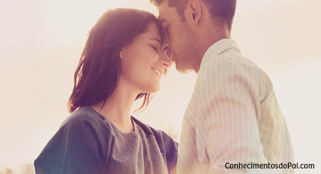 O que a bíblia fala sobre sexo antes do casamento