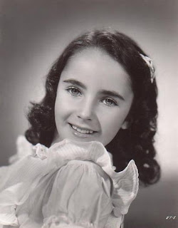 Hollywood Actress Elizabeth Taylor - TeenAge File Photo