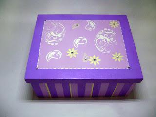 caixa stencil paisley