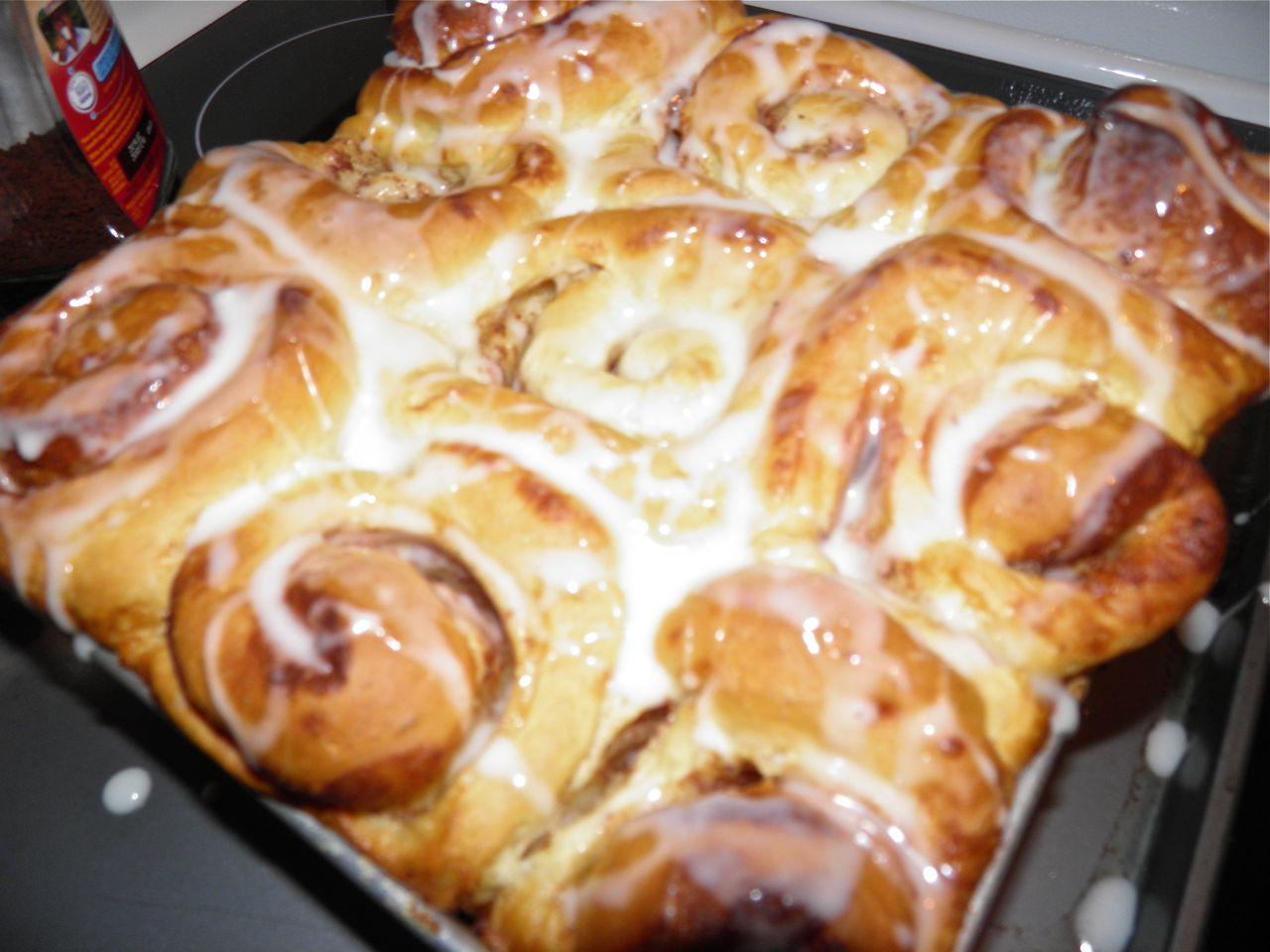 ... And Indifferent To The Arts: Home Baking: Old Fashioned Cinnamon Rolls