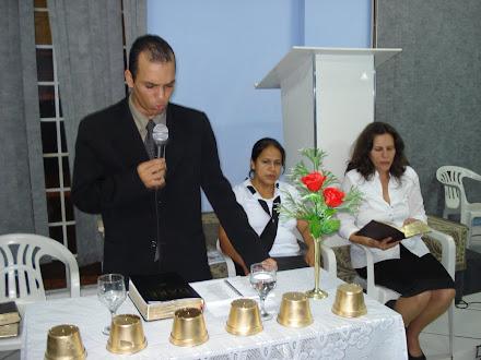 Pr. Isaias, Missionáiras  Adriana  e  Ivani.