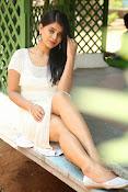 Yamini bhaskar glam pix-thumbnail-8