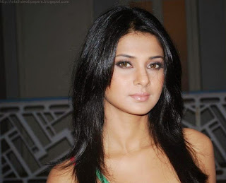 Jennifer Winget Spicy TV Actress HD wallpaper download Now