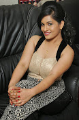 Revathi Chowdary hot photos-thumbnail-5