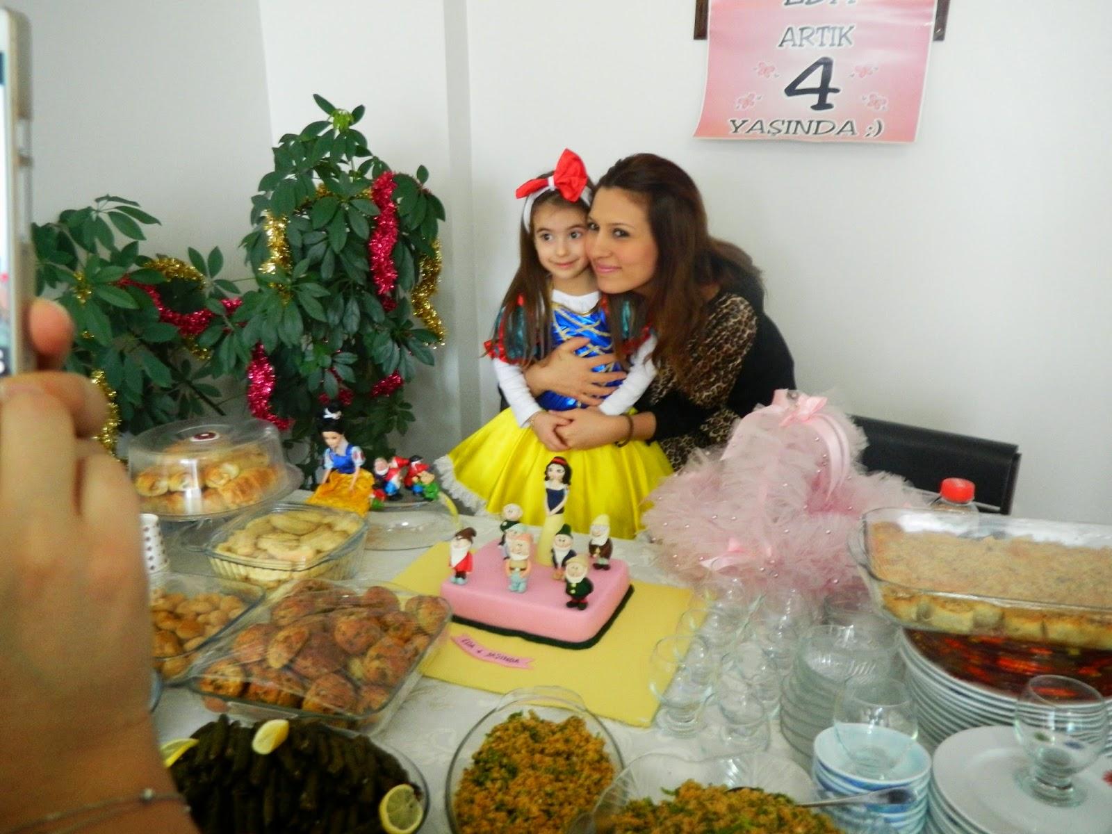 pamuk prenses 7 cüceler butik pasta