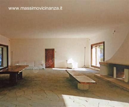 Sala de estar y comedor en la Casa Malaparte