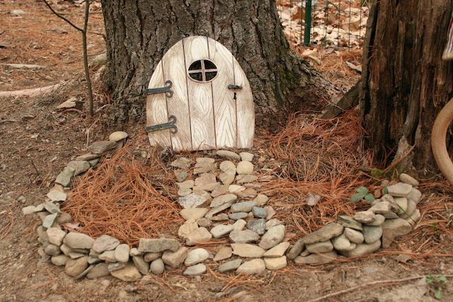 Sara 39 s blog gully fairy houses How to make a fairy door out of clay