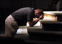 0010_hombre-orando-por-proteccion