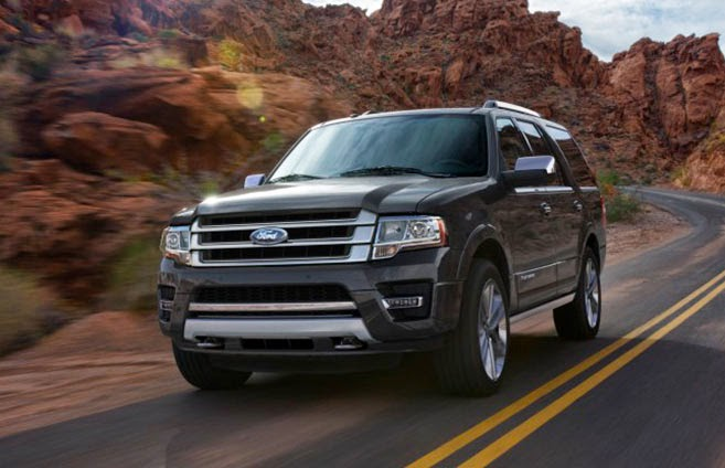 2015 Expedition Earns 5-Star Safety Rating from the NHTSA