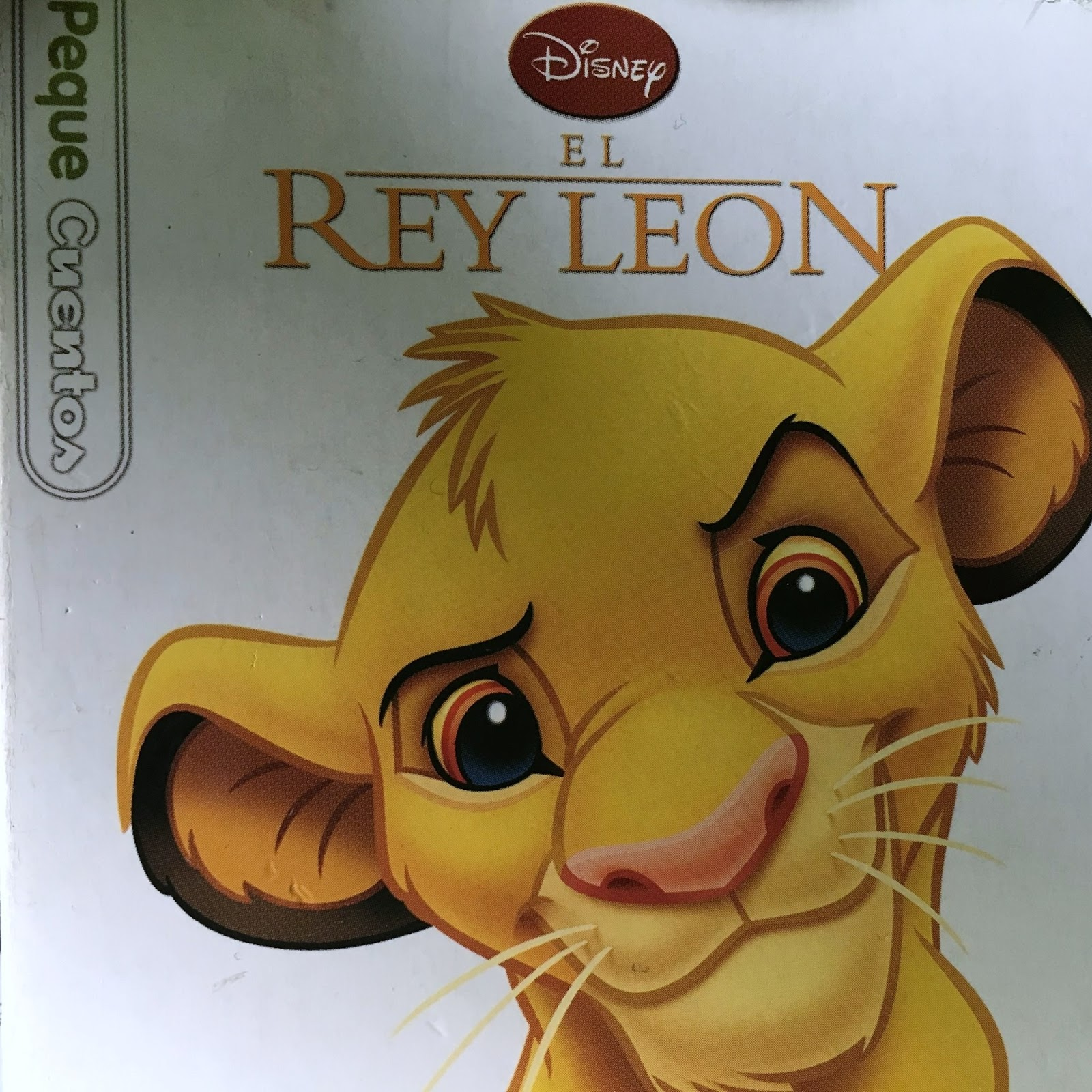 Este cuento trata la historia de un pequeño león, Simba, el cual tiene que  gobernar un reino debido a la muerte de su padre. Pero este reino no se le  hace ...