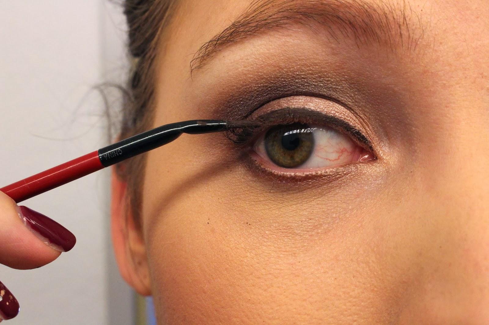 mac-eye-makeup-look-25