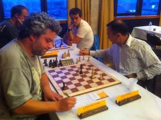 Échecs à Dieppe : le grand-maître international d'échecs français Andrei Istratescu (2647) annule ronde 7 face à l'Azéri Namig Guliev (2537) © Chess & Strategy