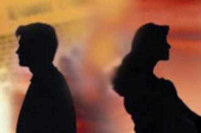 إمرأة تطلب الطلاق من زوجها شاهد ماذا طلب منها شيخ القبيلة