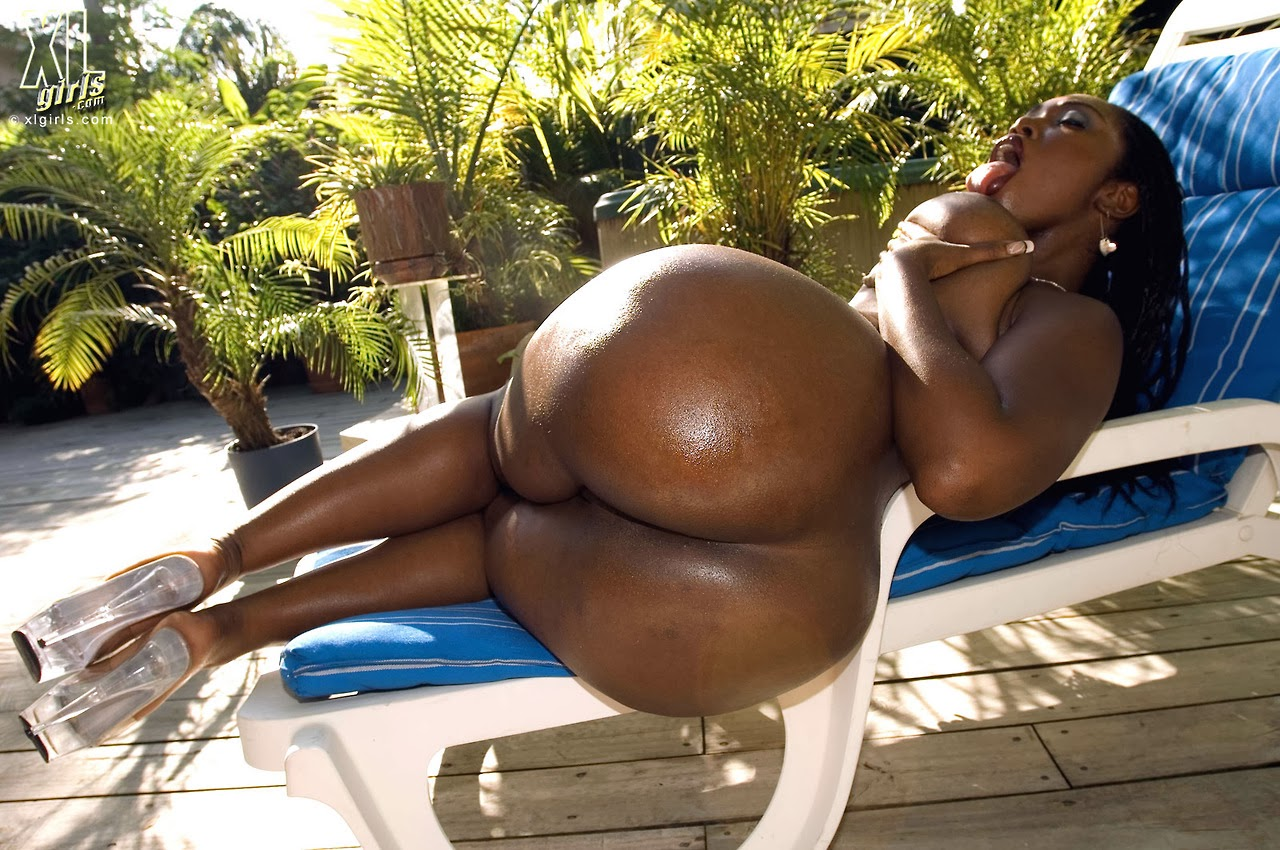 Big black ebony ass tube