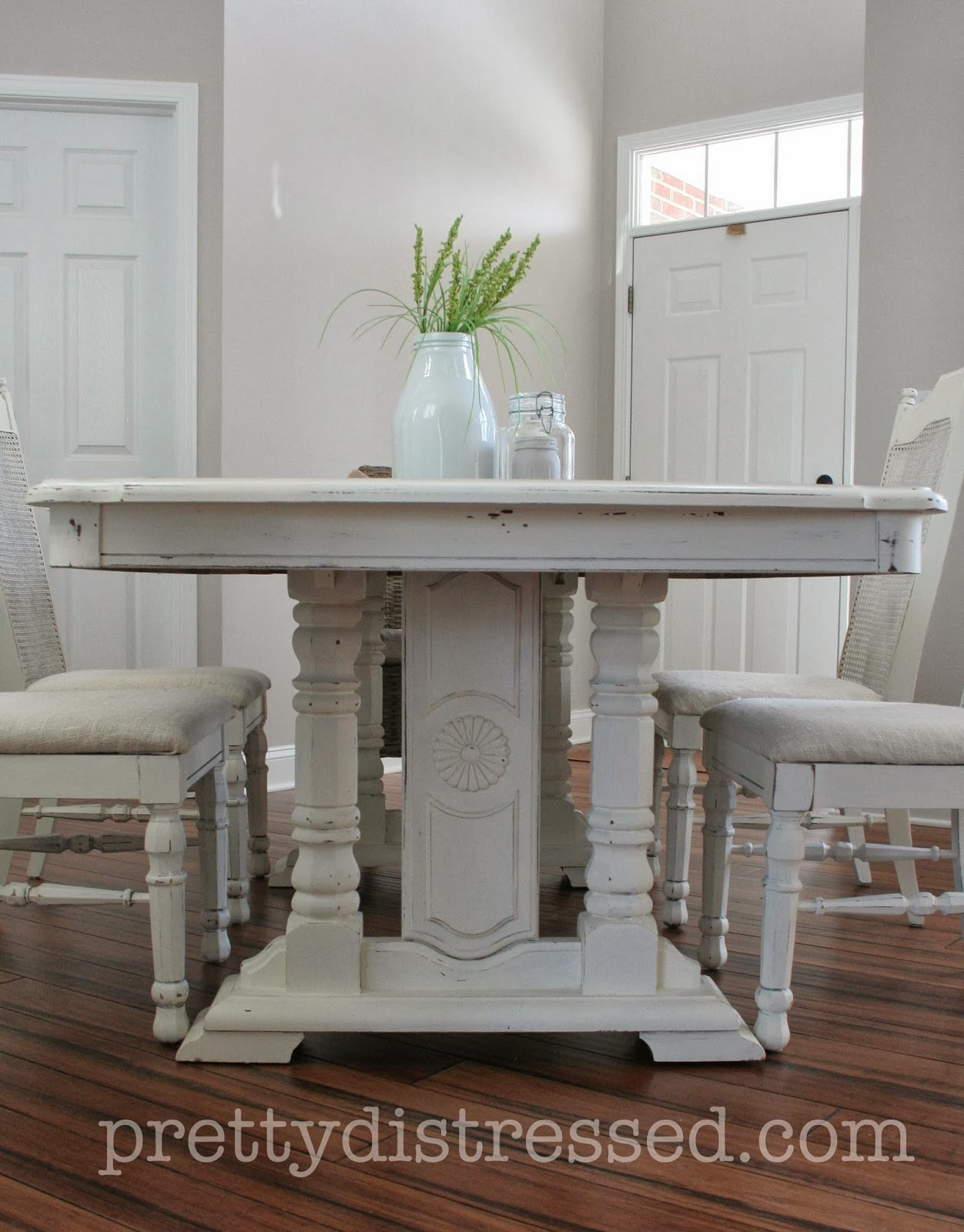 Pretty distressed eleanor 39 s table before after for Painted dining table before and after