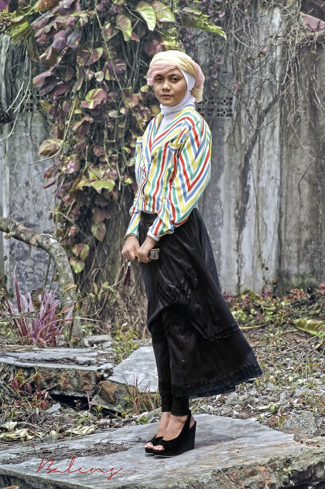 Hijab In Style Part Iii Vintage Style Balens Photography