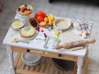 Miniature Baking Table - Fruit Tart and Pies
